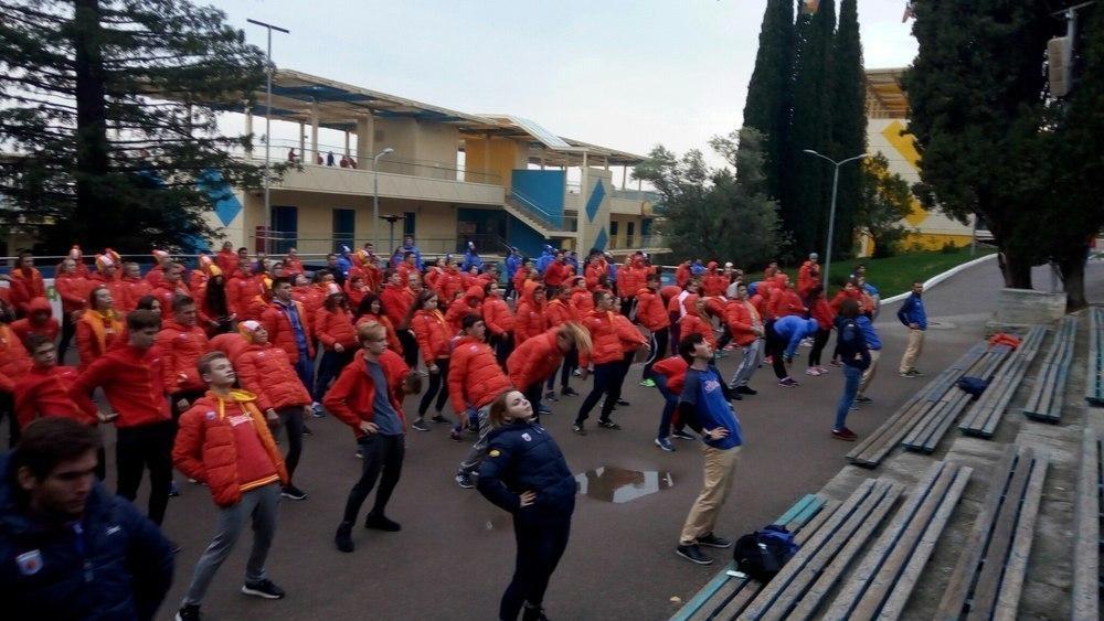 «Чемпионскую» зарядку провел для участников фестиваля ГТО в «Артеке» посол ГТО от Тамбовской области Андрей Ким