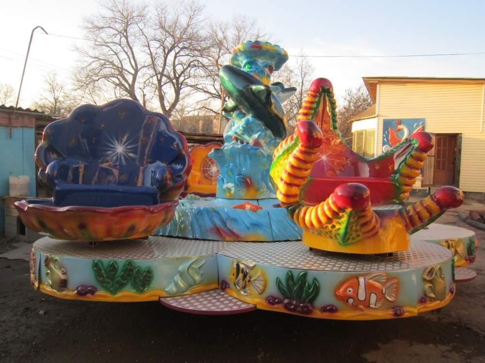 Мичуринскому парку культуры и отдыха подарили новую карусель