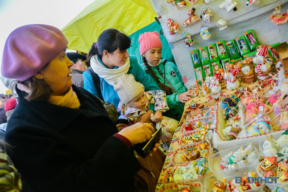 Тамбовчане стали тратить больше: 196 миллиардов рублей составил оборот розничной торговли