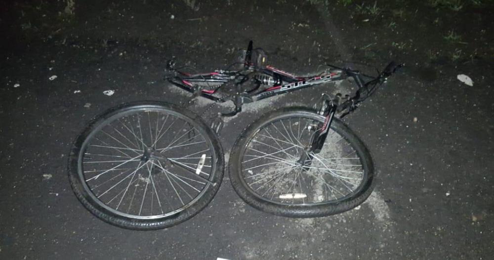 20-летний велосипедист погиб под колесами «Приоры» на трассе в Мордовском районе