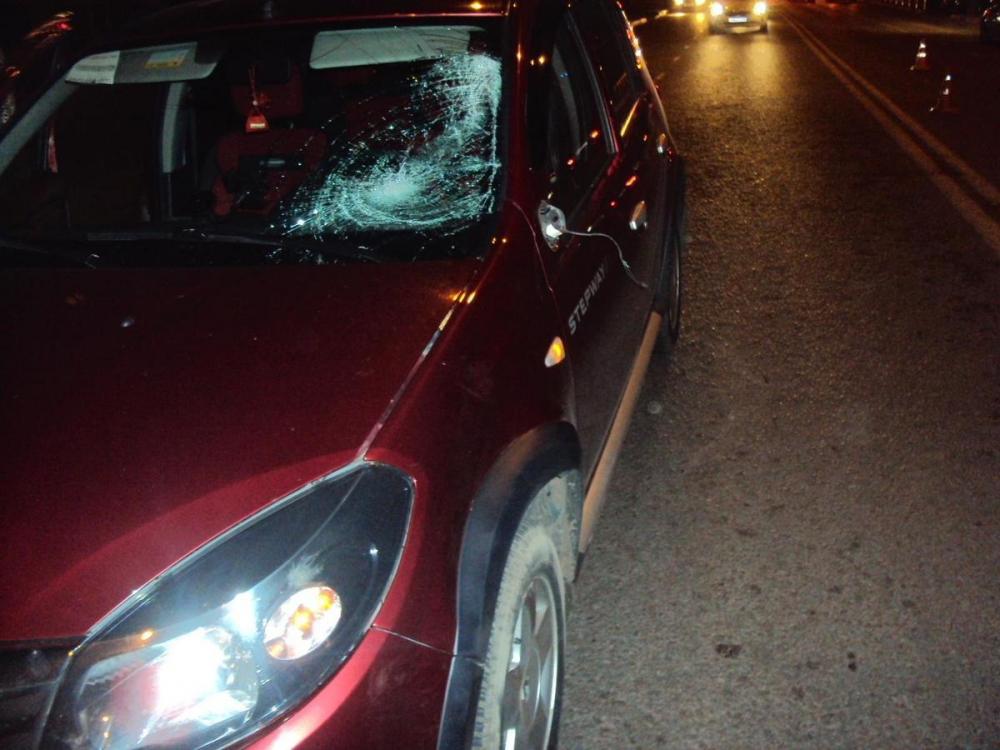 Семнадцатилетний подросток попал под колеса Renault на Мичуринской