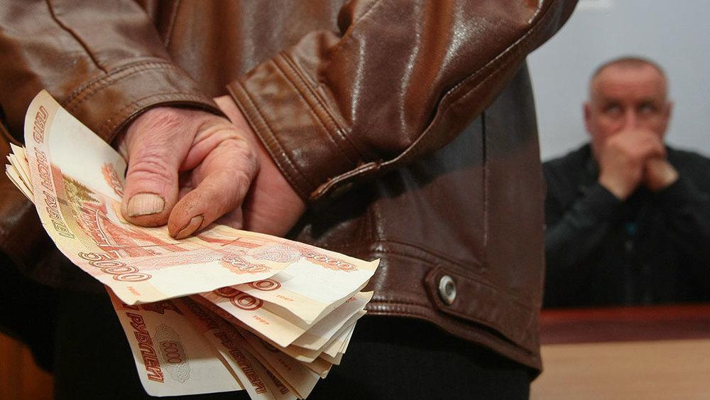Заместителю начальника регионального МЧС предъявили обвинение в получении взятки