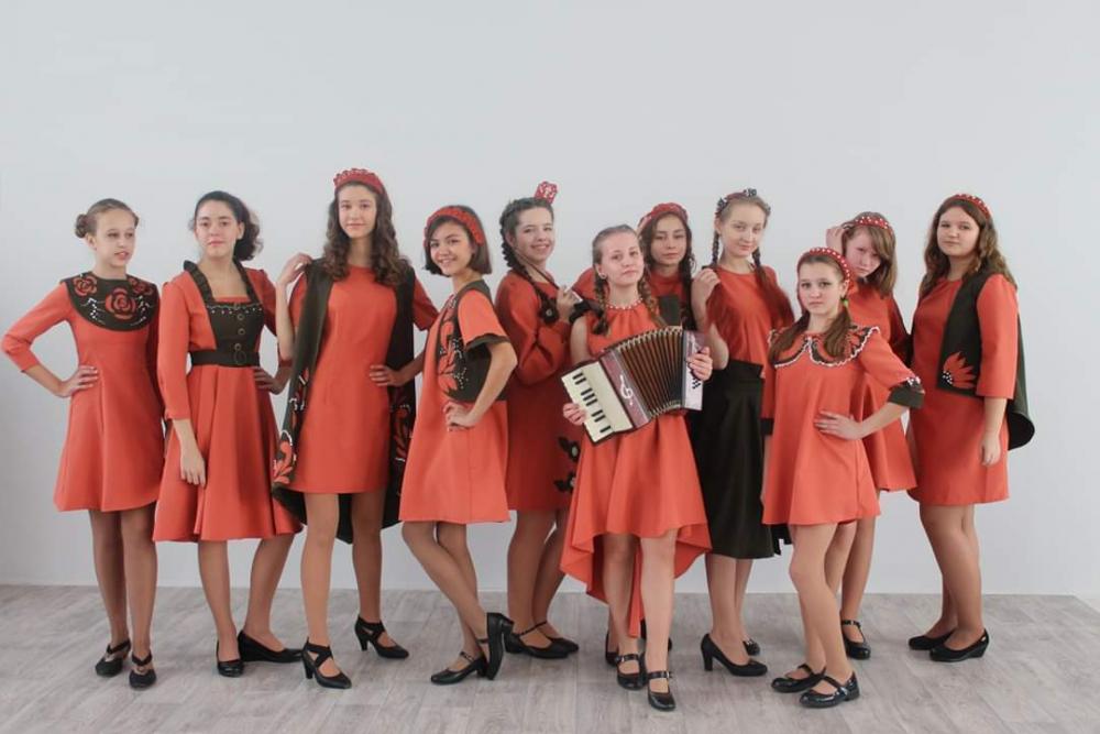 Этнические костюмы юных тамбовских «юдашкиных» удивили жюри уровнем исполнения