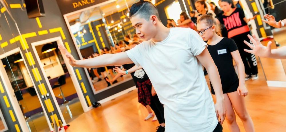 Участник «Танцев на ТНТ» Владислав Ким оценит тамбовских танцоров
