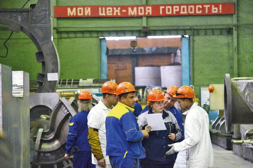 Работники тамбовских заводов превратились в студентов