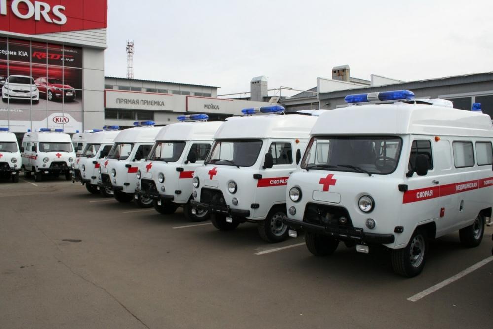 9 автомобилей скорой помощи и 15 школьных автобусов получит до конца года Тамбовская область