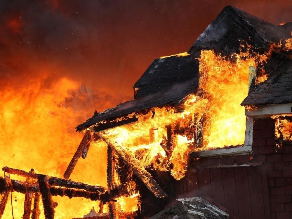 В огне погиб 34-летний житель Новоникольского