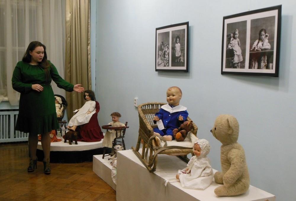 Коллекционер Марина Политова решила привезти свою уникальную коллекцию кукол в Тамбов