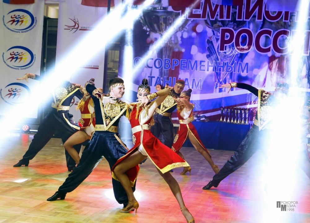 И снова первые: ансамбль «Цвета радуги» стал лучшим на Чемпионате России