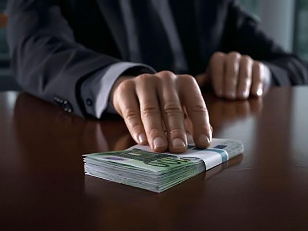 В Тамбове бывший арбитражный судья сядет за взятку в двести тысяч рублей