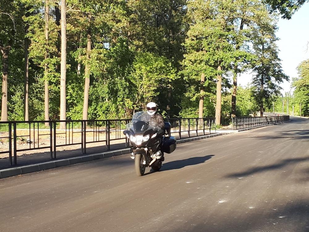 Новые дороги в области принимают вице-губернаторы. Лично. На мотоцикле