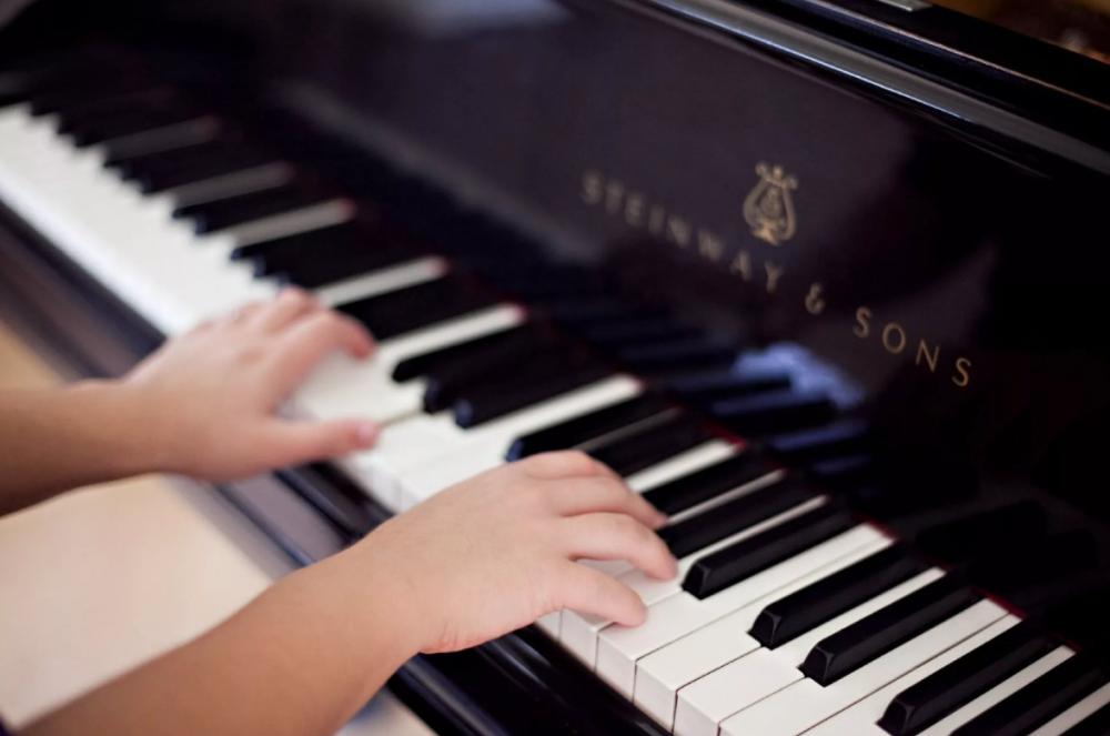 Тамбовской детской школе искусств «недопоставили» рояль за 3 миллиона рублей