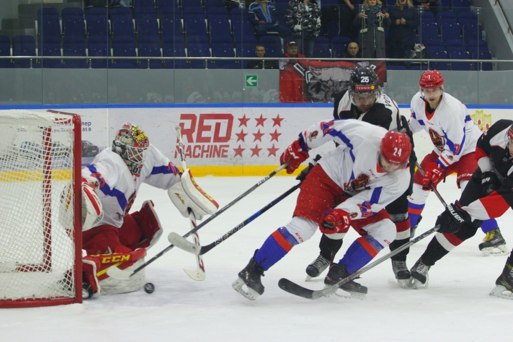 «Китайская стена» пала под напором тамбовских хоккеистов