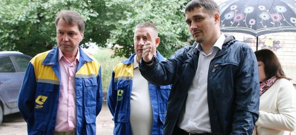 Депутат городской думы продолжает настаивать на отставке чиновников администрации