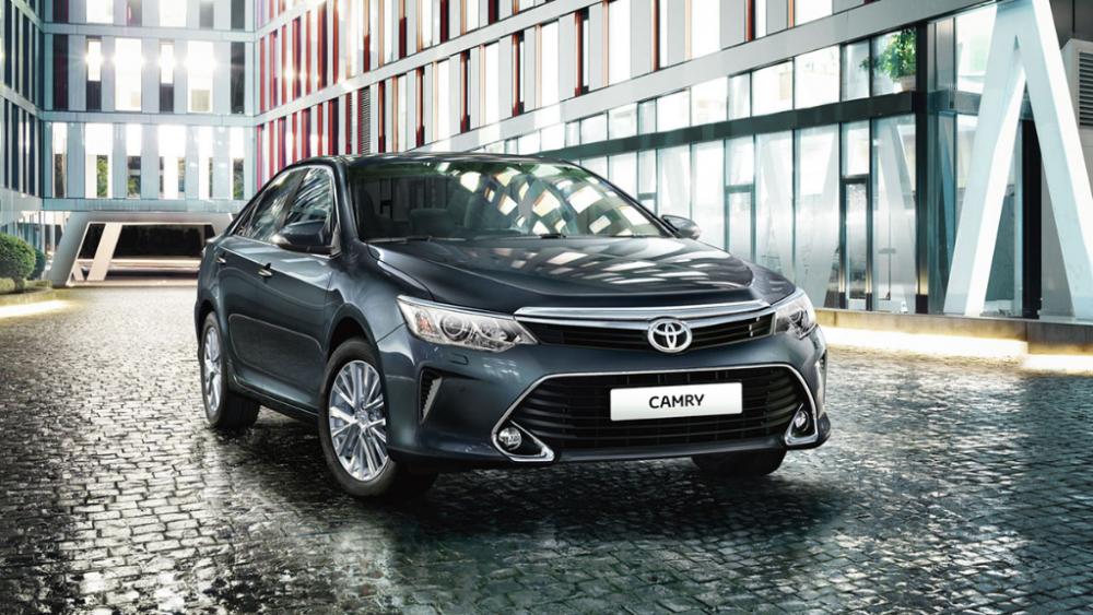 Потому что могут: городские депутаты решили купить Toyota Camry
