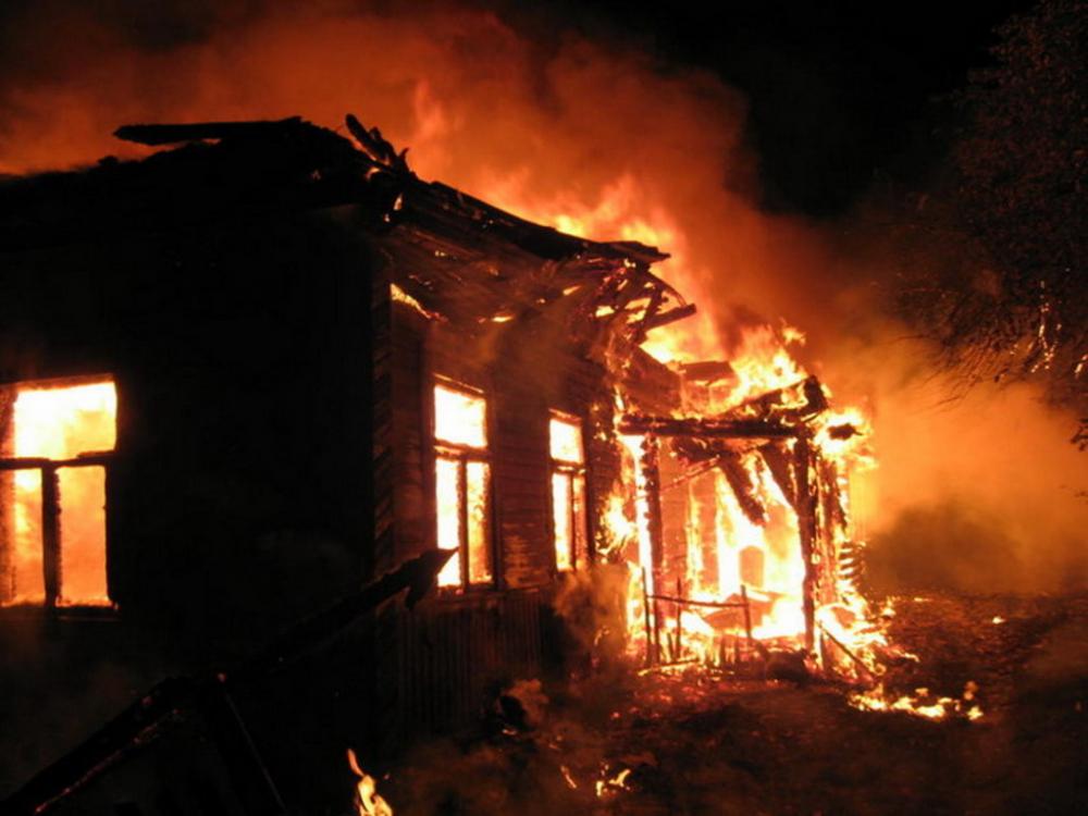 При пожаре в Рассказовском районе погиб пожилой мужчина