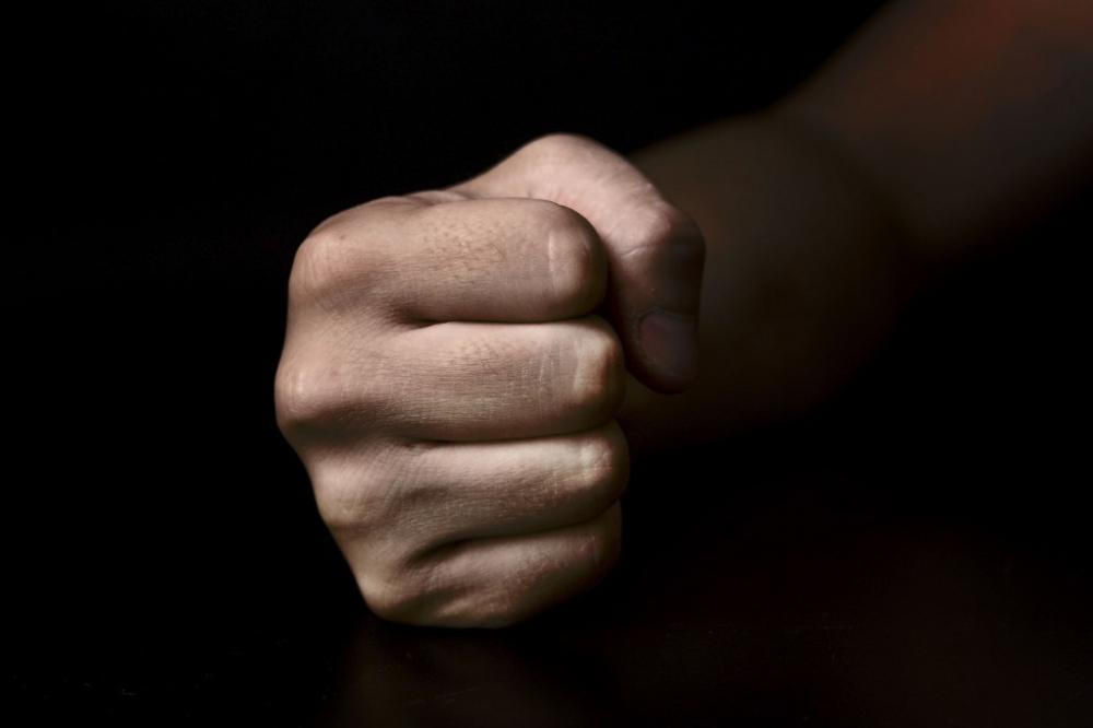 С тяжелыми травмами попали в больницу двое мужчин после встречи с 35-летним тамбовчанином