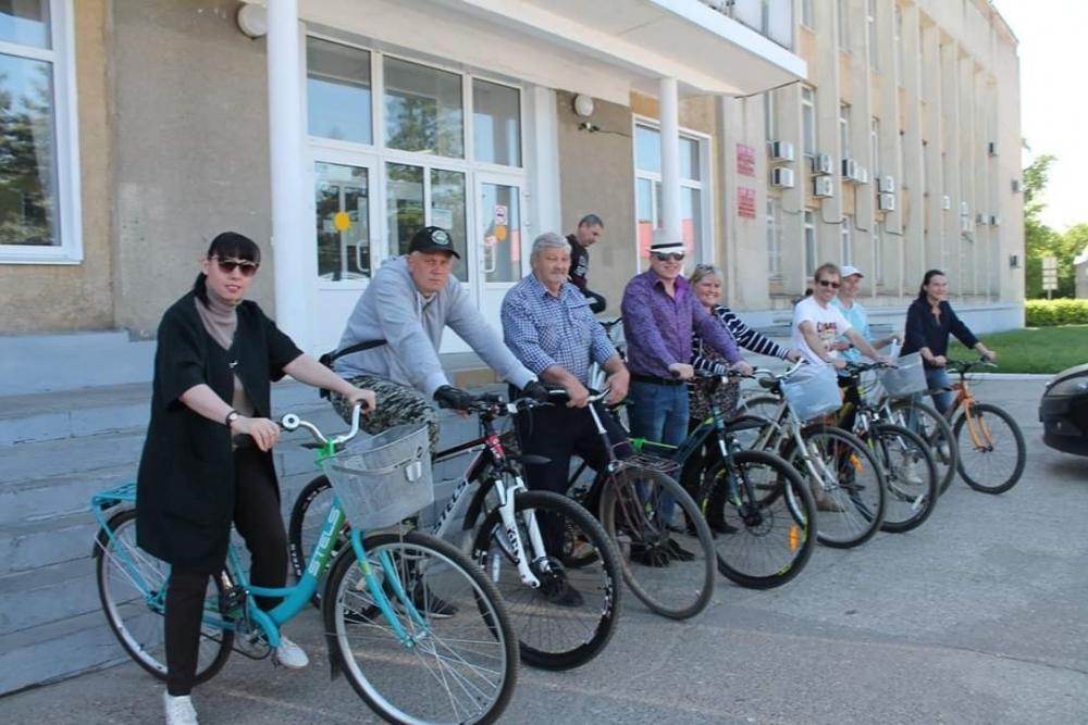 Моршанские чиновники приехали на работу на велосипедах