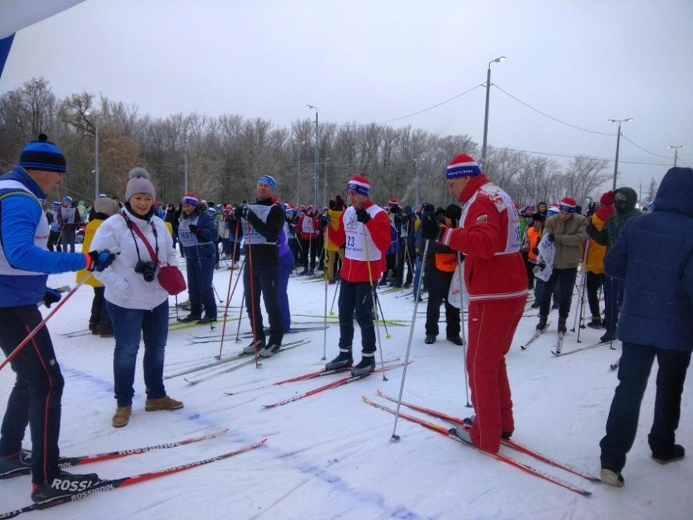 На лыжню в Тамбове вышли спортсмены от трех с половиной до восьмидесяти с лихом лет