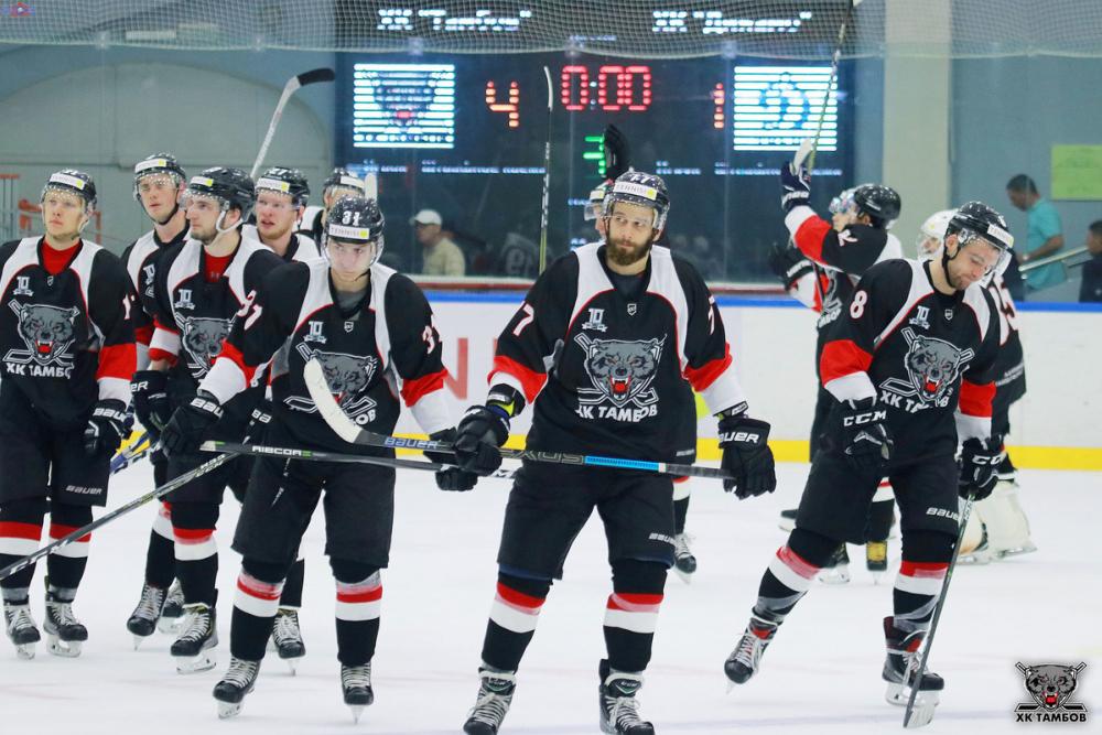 ХК «Тамбов» в первой домашней игре сезона уверенно переиграл «Динамо»