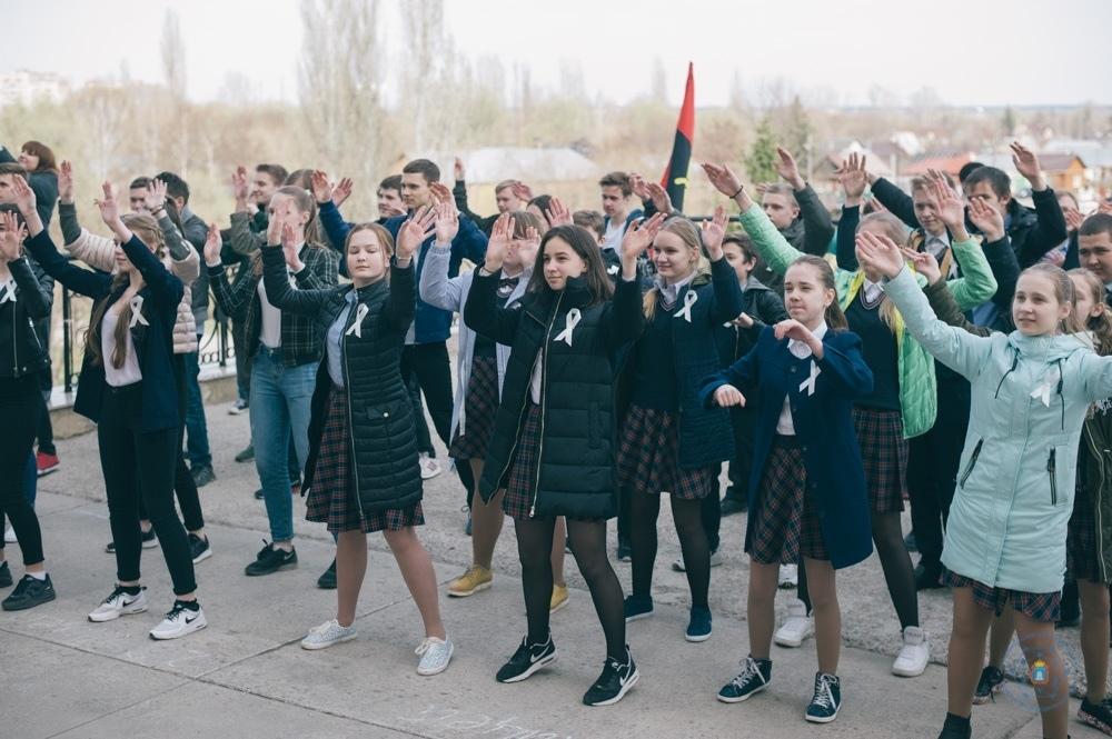 Школьников и студентов из Тамбова объединила любовь к миру и толерантности
