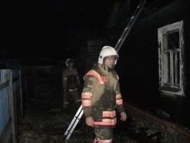 Два дома в Тамбовском районе выгорели полностью, несмотря на все усилия пожарных