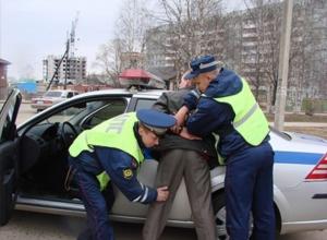Работник тамбовского автосервиса угнал иномарку клиента