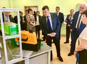 «Это просто фантастика!» - губернатор Александр Никитин о новой Оборонинской школе