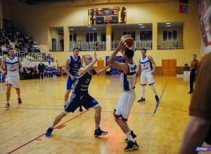 Баскетболисты «Тамбова» вырвали победу в последние секунды