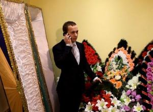 Тамбовчане подозревают сотрудников «скорой» в сговоре с похоронными бюро