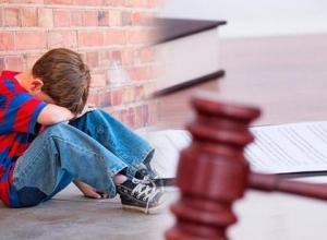 Токаревскую «кукушку» лишили родительский прав и взыскали алименты