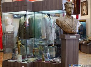 Вещи прославленного летчика-аса экспонируются в тамбовском музее