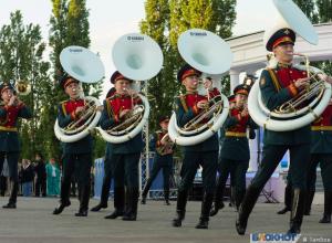 «В трубы дуют трубачи» - гала-концерт фестиваля имени Василия Агапкина и Ильи Шатрова отгремел на площади Музыки. ФОТООБЗОР