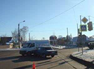 Проезд на красный закончился для тамбовского автолюбителя больницей