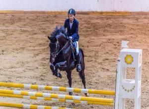 Тамбовская наездница взяла бронзу на всероссийских соревнованиях по конкуру