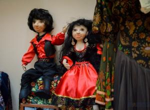 Праздник «Романы рота» отметили тамбовские цыгане выставкой кукол
