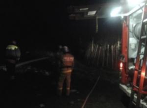 В Мордово сгорел сарай вблизи жилого дома