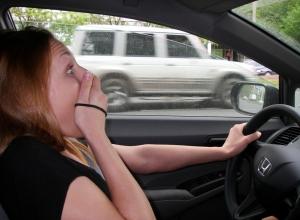 Подвыпившая подруга тамбовчанина угнала авто и встряла в ДТП
