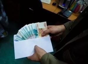 Тамбовского адвоката подозревают во взяточничестве в крупном размере