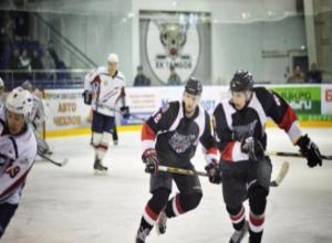 В городе стартовал хоккейный турнир на призы главы областной администрации
