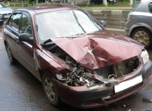 Пешеход в больнице,  Citroën в ремонте – последствия езды дамы на Hyundai по Мичуринску