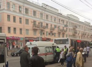 86-летняя пассажирка выпала из автобуса на Советской в Тамбове