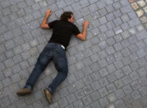 Сорвался с 5-метровой высоты и погиб 28-летний работник агрофирмы