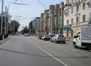 Движение на пересечении улиц Чичканова и Бориса Васильева закрывают на 11 дней