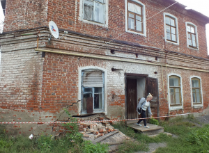Стена дома – памятника истории, рухнула в Моршанске