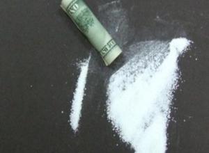 Тамбовчанка приобрела 1 грамм героина, о чем тут же узнала полиция