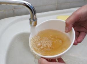 Железо из кранов в Строителе «уберут» в рамках проекта «Единая Россия – чистая вода»