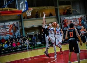 Ярославская баскетбольная команда не уступила победу нашим бойцам