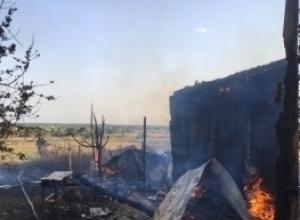 Тушить горящий дом пожарным помогали всем Татаново