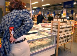 Поесть, помыться, почитать – ассорти товаров украла 19-летняя тамбовчанка из магазина
